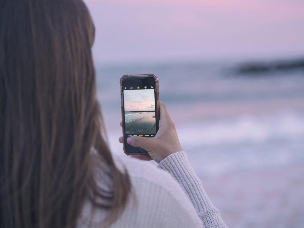 格安SIMを使って携帯電話料金を下げる方法
